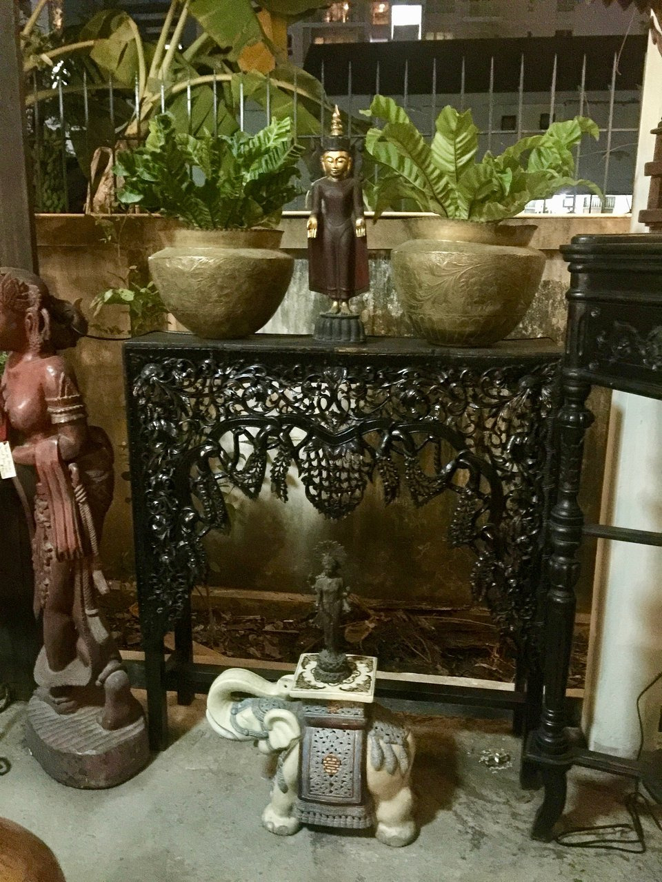 Attraction Review g d Reviews Paul s Antiques Bangkok