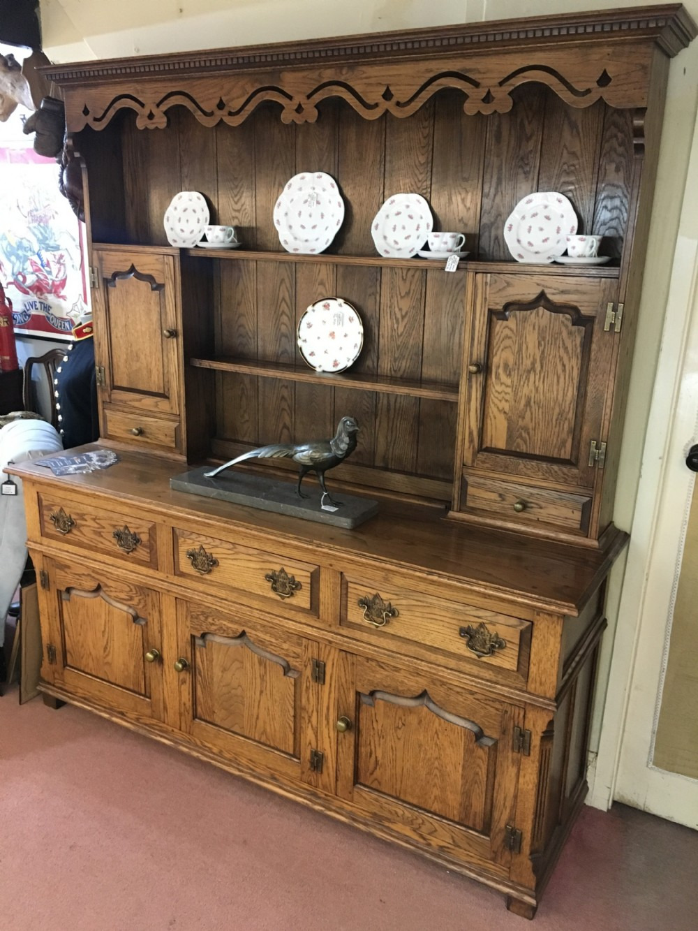 lion house antique copies oak dresser made in moreton in marsh with brass handles c20th