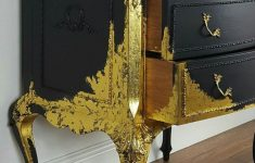 Antique Or Vintage Furniture Awesome Gold Spattered Legs And Part Of The Antique Vintage Chest