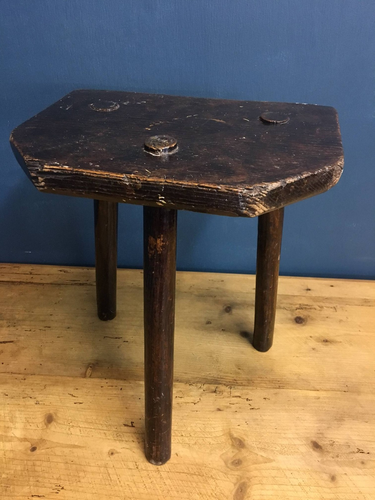 Antique Rustic Furniture for Sale Awesome Antique Rustic Wooden Three Leg Milking Stool 010