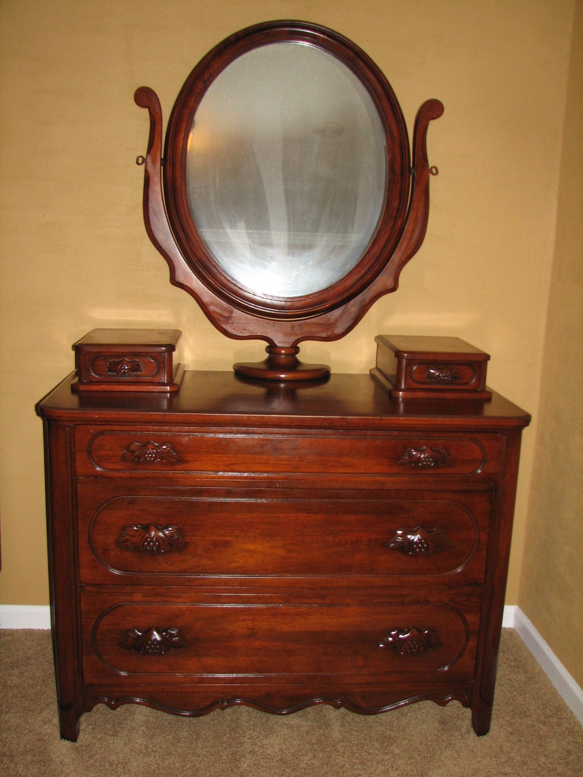 ori 655 dresser with mirror with drawers