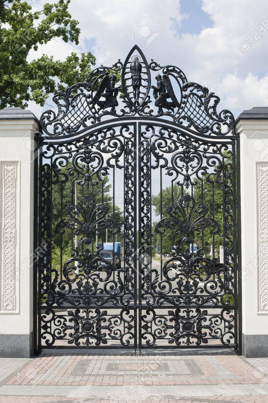 photo beautiful wrought gates image of a decorative cast iron gates metal gates close up beautiful gates w