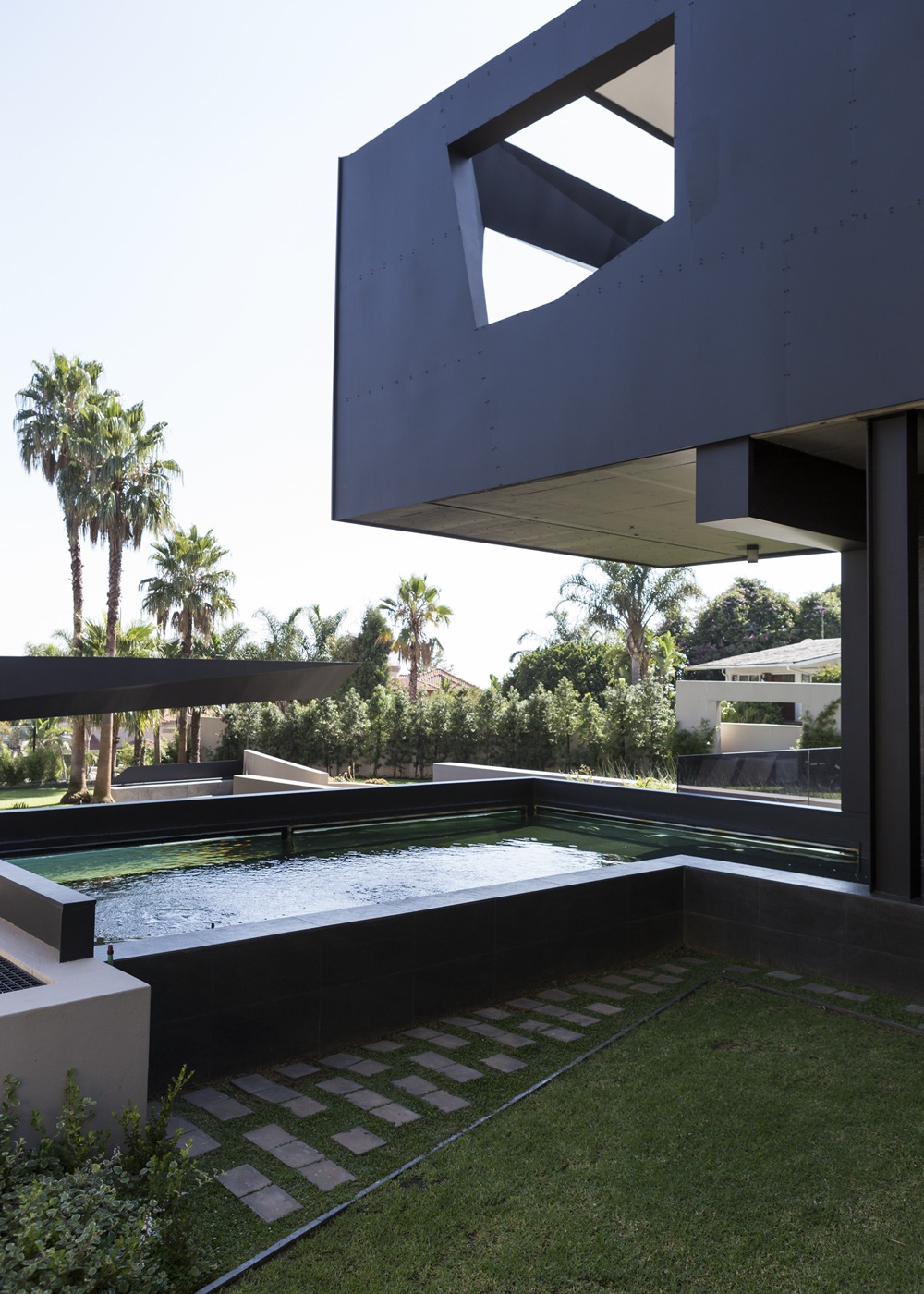 Best Houses in the World Amazing Kloof Road House featured on architecture beast 01 7