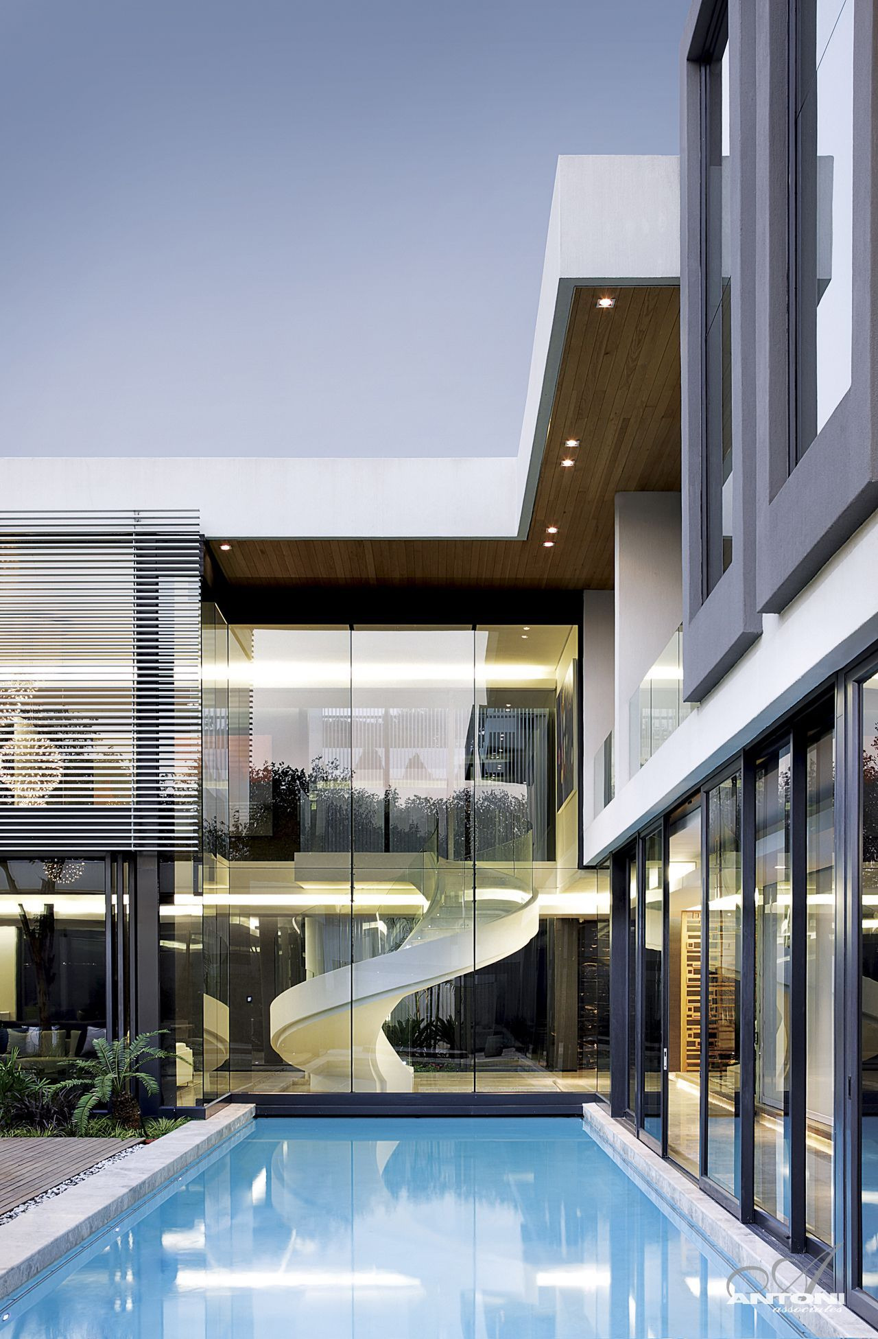 Modern Mansion With Perfect Interiors by SAOTA featured on architecture beast 04