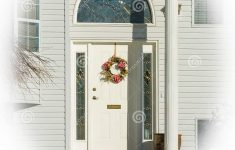 Covered Entrance To A House Luxury Entrance Typical American House In Winter Snow Covered
