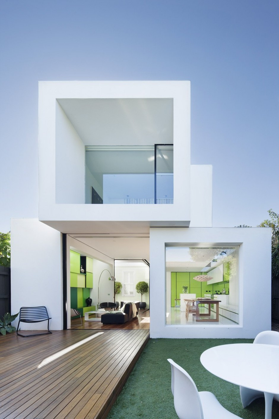 Small Minimalist Home With Creative Design featured on architecture beast 01