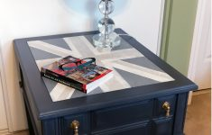 Distressed Coffee Table Uk New For Sale $225 Vintage Kroehler Side Table With Distressed