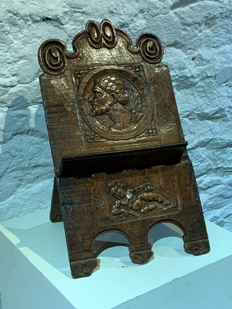 a rare 16th century english oak lectern circa 1520 3 1