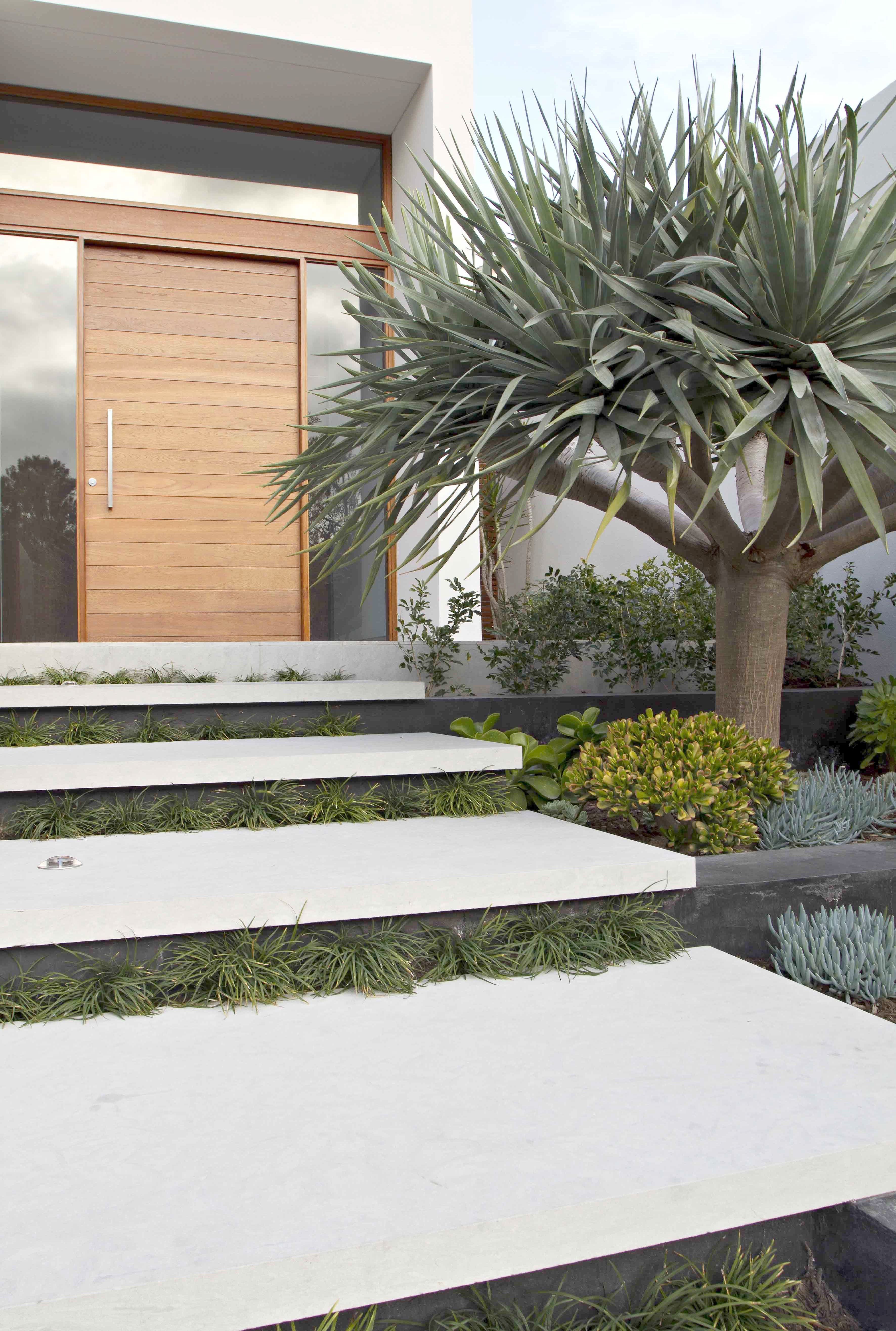 House Entrance Designs Exterior Awesome Tips to Help You Landscape Like A Pro