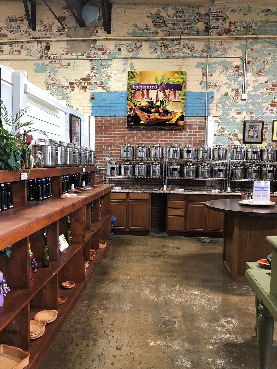 Attraction Review g d Reviews Main St Antiques and Design Gallery Mooresville North Carolina