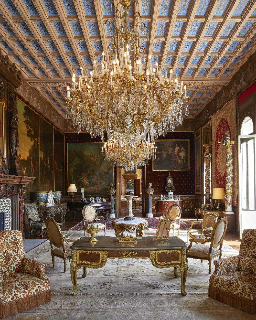 Take a Look Inside The Most Expensive House in The World 03