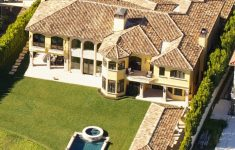 Prettiest Mansion In The World Awesome The Prettiest Homes In America