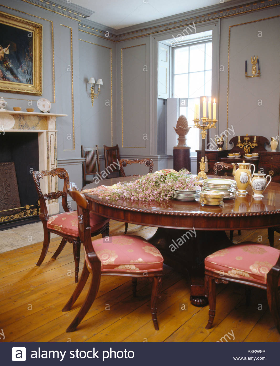 Antique Round Tables Furniture Fresh Chairs with Upholstered Seats at Antique Circular Table In