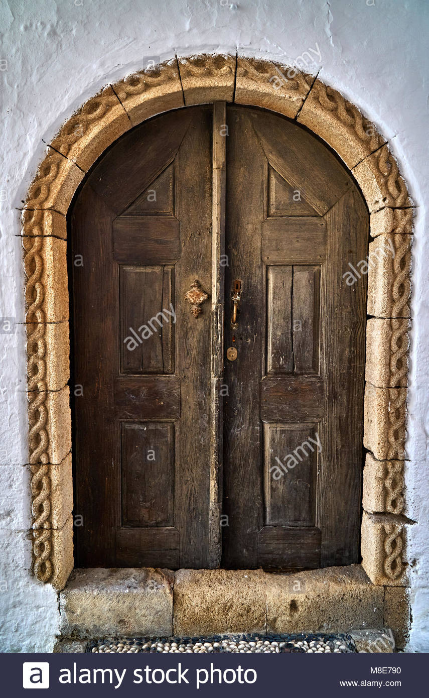 entrance door to the old beautiful house M8E790