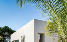 Contemporary House Design Images Fresh Contrasting Materials Were Used The Exterior This