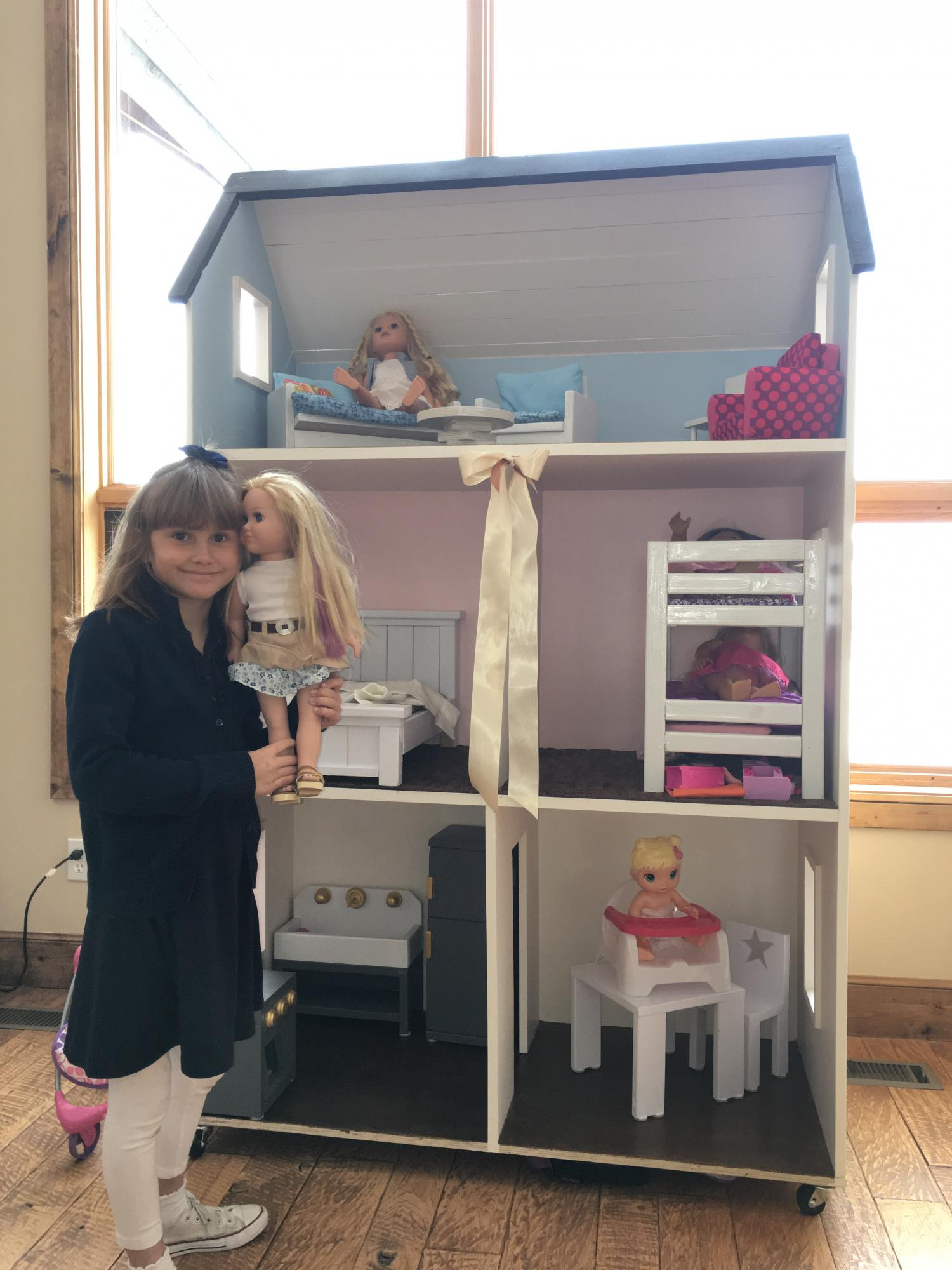 Doll House Plans for 18 Inch Dolls Elegant American Girl 3 Story Doll House and Furniture