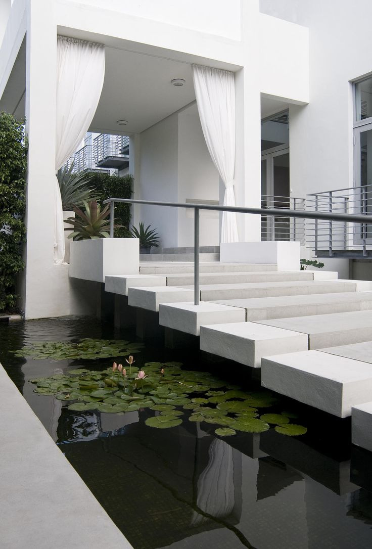 40 Modern Entrances Designed To Impress featured on architecture beast 23