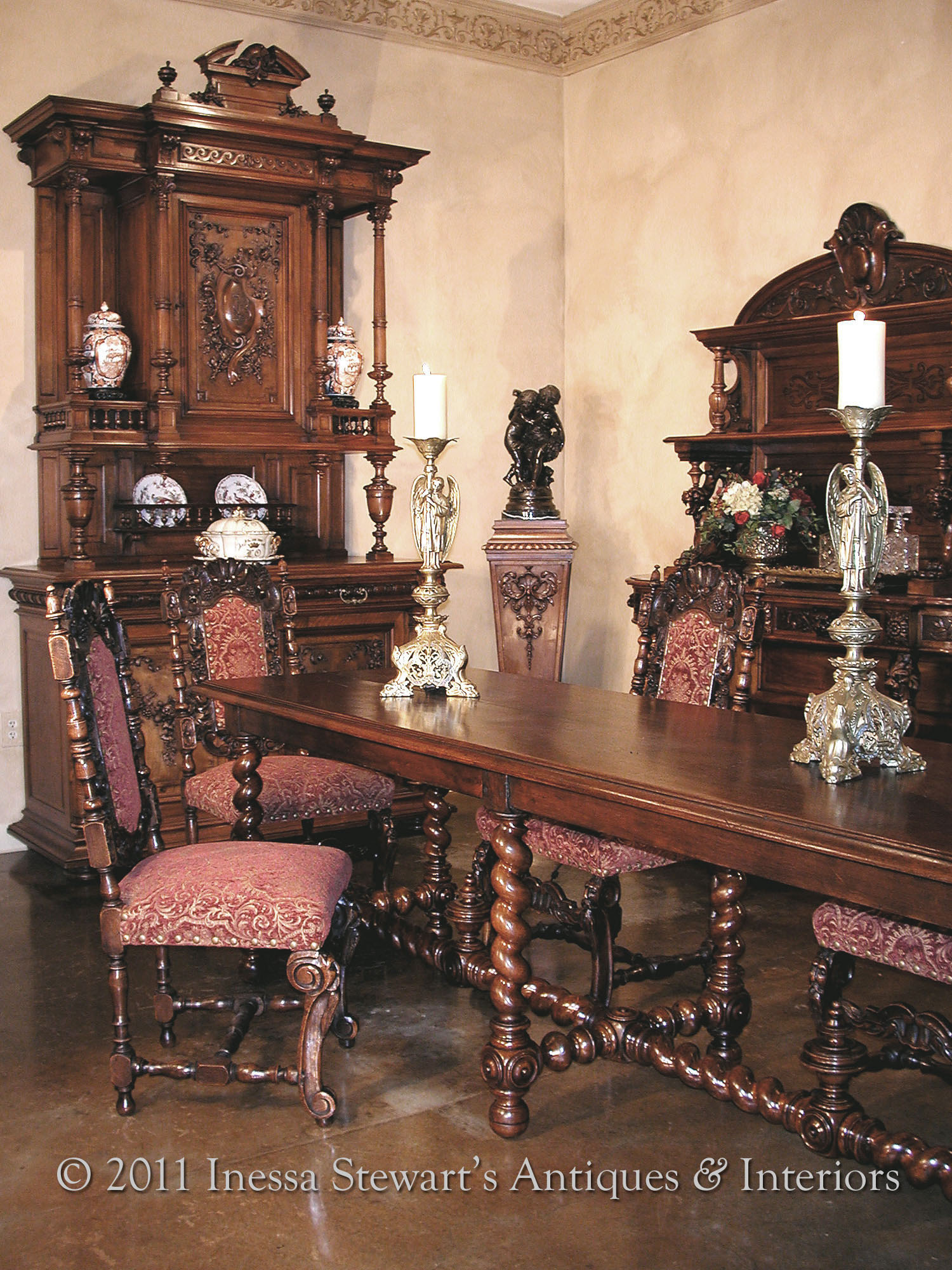 Antique Renaissance Dining Room Furniture2