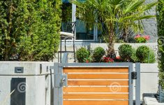 Gates For House Entrance Best Of Entrance New Luxury Family House With Landscaped Front