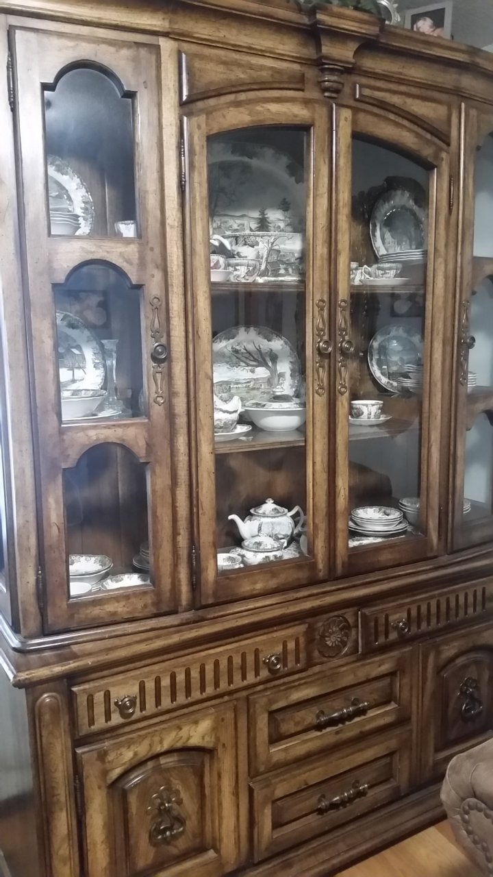 i have a hibriten lighted china hutch i need to know how much to sell it f