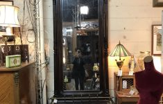 Lots Of Furniture Antiques Warehouse Best Of District Delving Design District Part 1 – Shauntiques