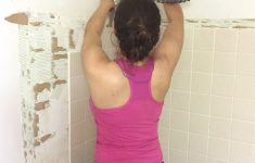 Remove Tile Without Breaking It Awesome Tips On How To Remove Old Shower Tile • Ugly Duckling House