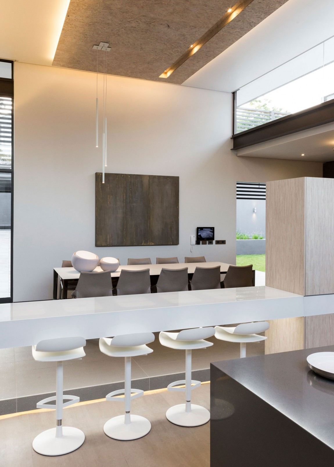 Single Story Modern House Design House Sar by Nico van der Meulen Architects on Architecture Beast 18