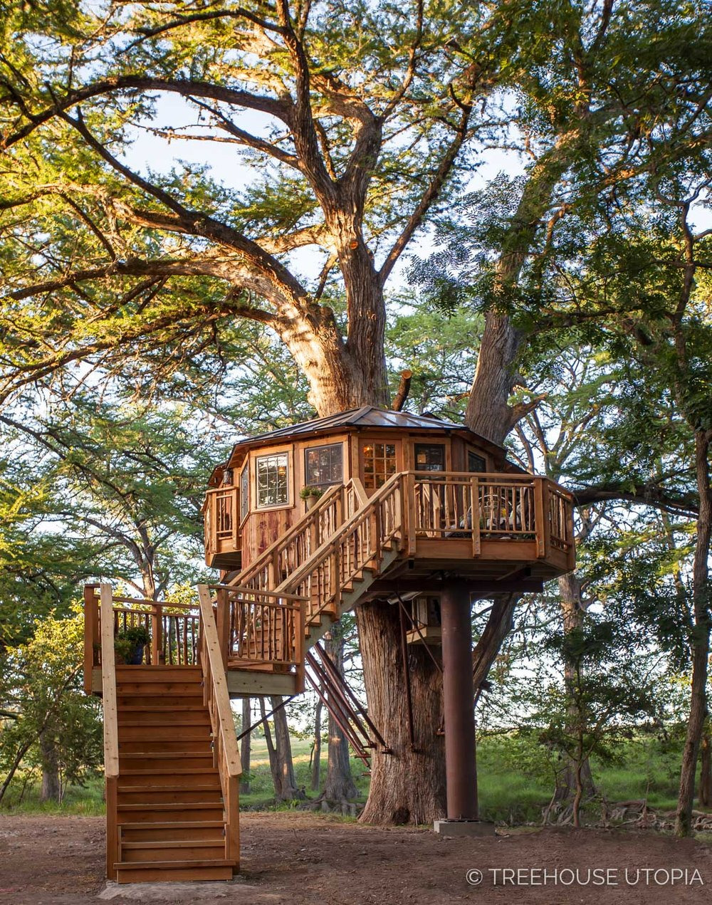 Carousel Treehouse Utopia 2018 444