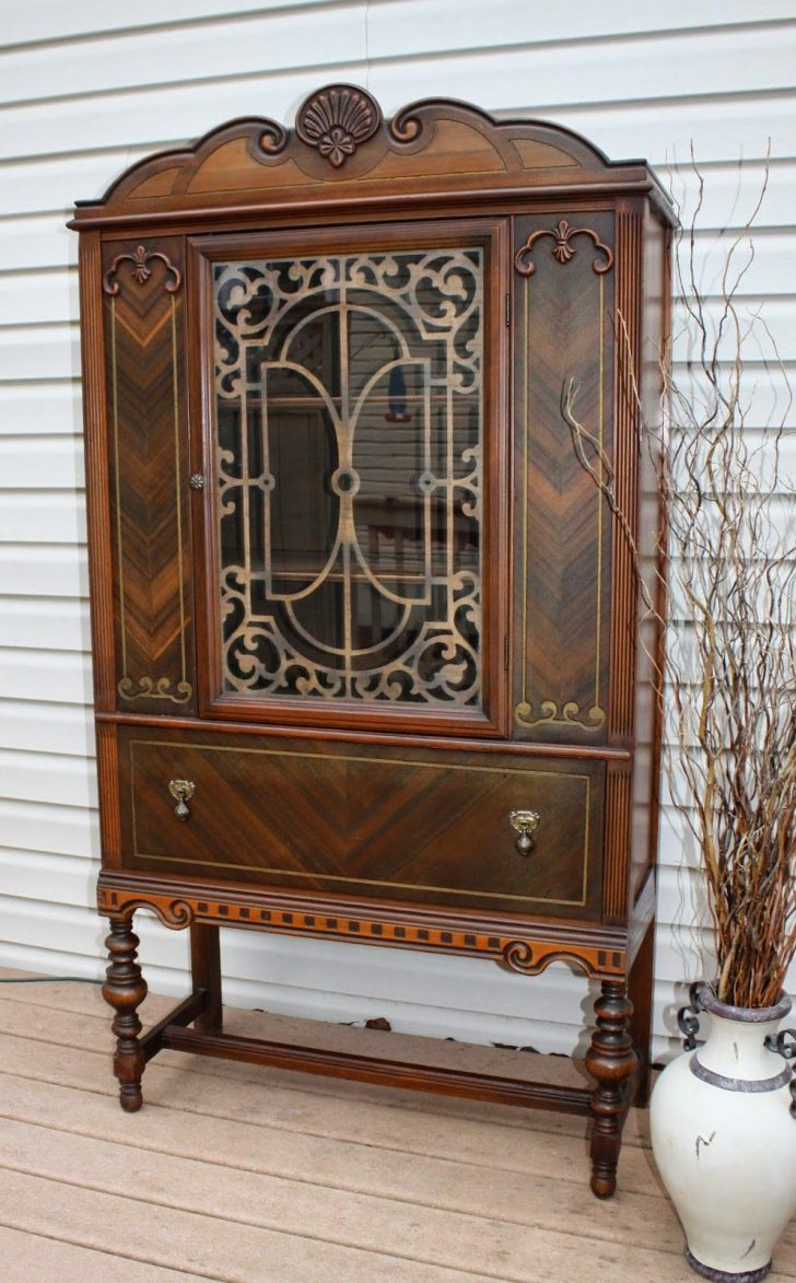 Want to Sell Antique Furniture 2021