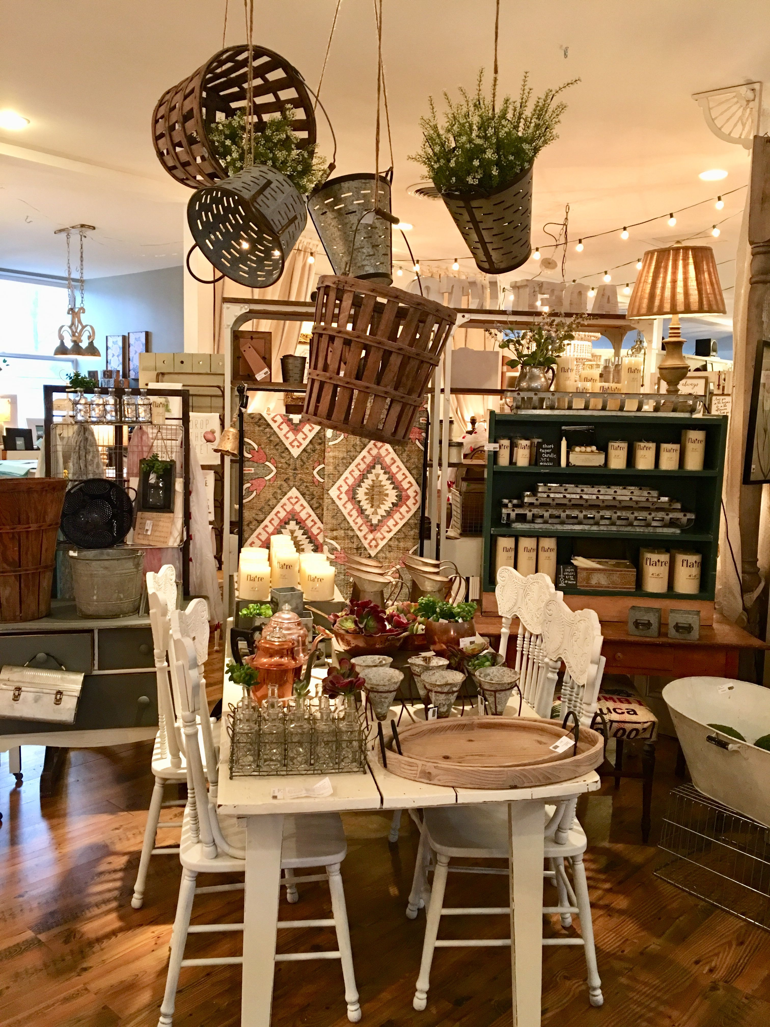 Antique Furniture St Louis Best Of Display at the White Rabbit St Louis