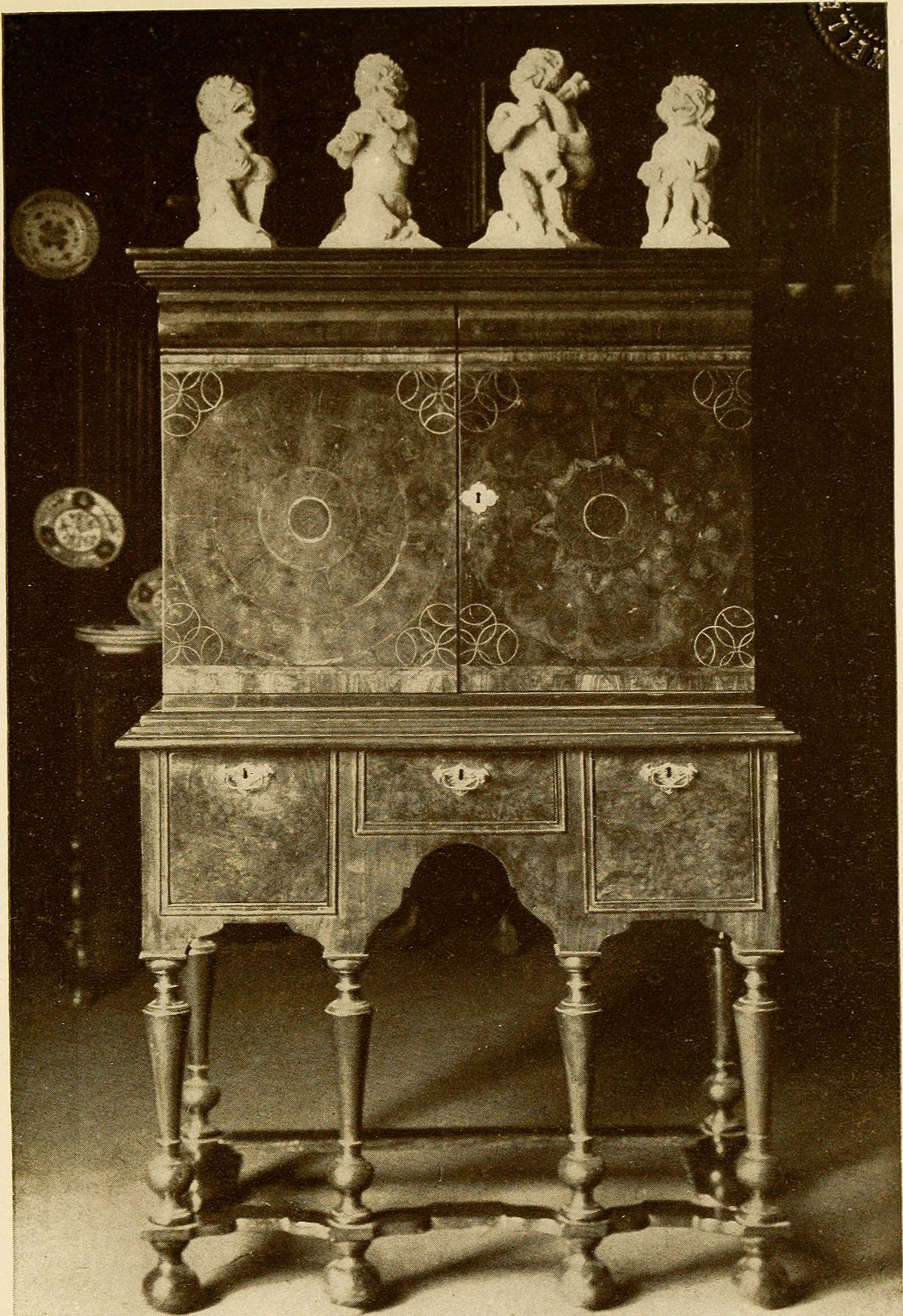 Antique Furniture Styles Guide Luxury William and Mary Style