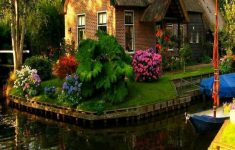Beautiful Homes Around The World Unique Magical Thatched Homes From Around The World