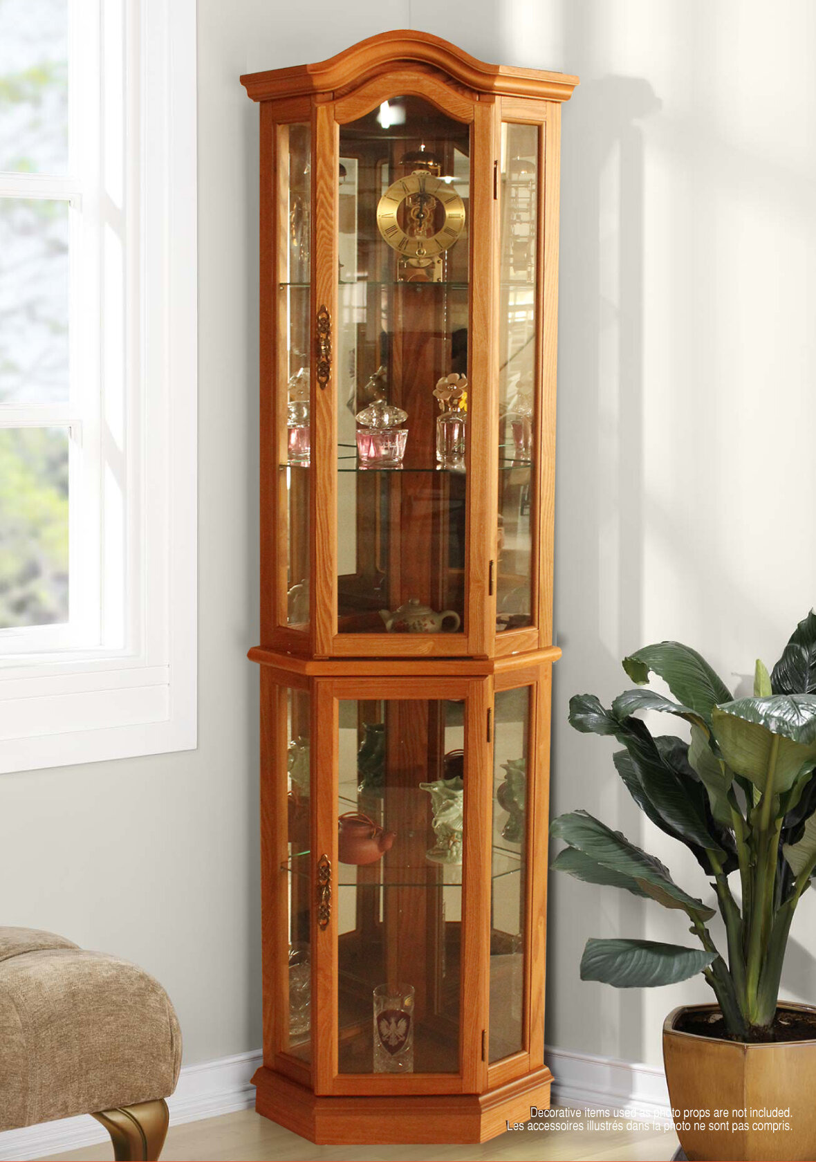 shook corner curio cabinet with lighting