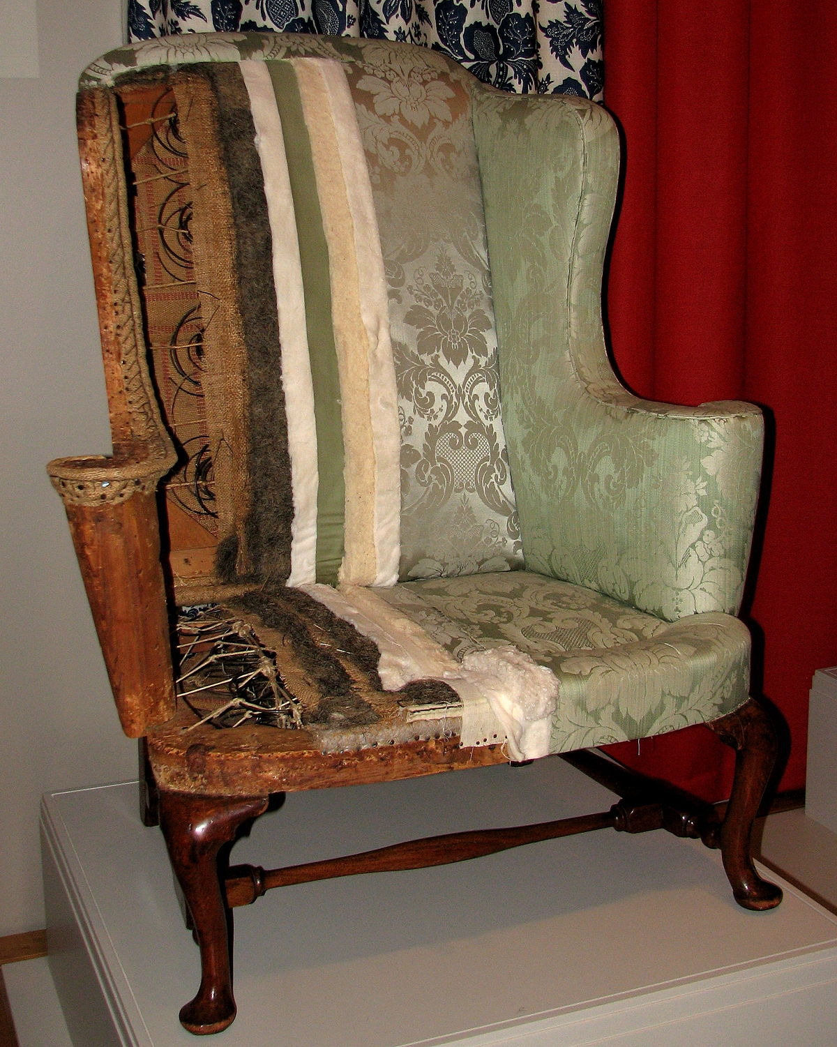 1200px New England easy chair