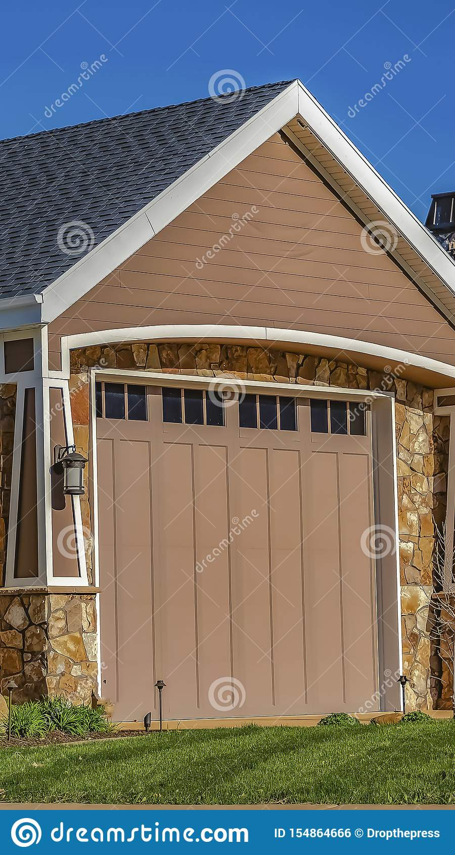 Front Gate with Roof Unique Vertical Frame Home with Garage Door Front Lawn and Metal