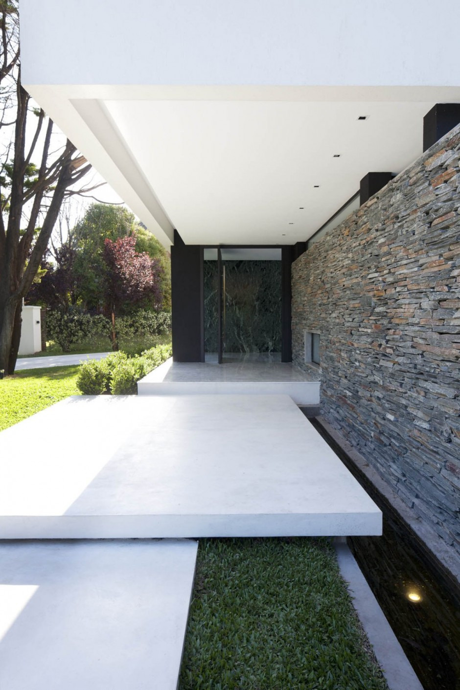 Carrara House entrance path