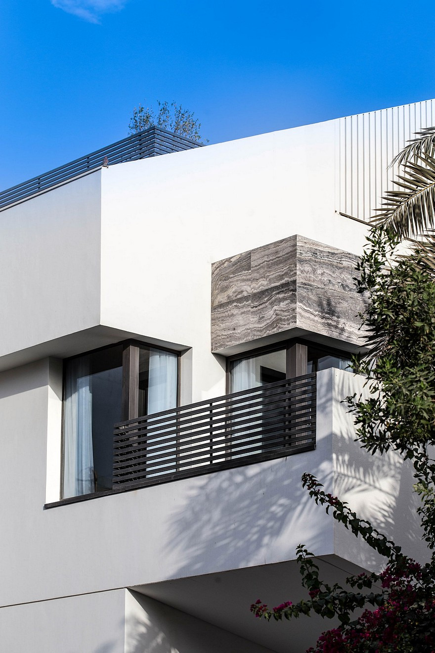 Yarmouk House is Divided into Two Identical Units 17
