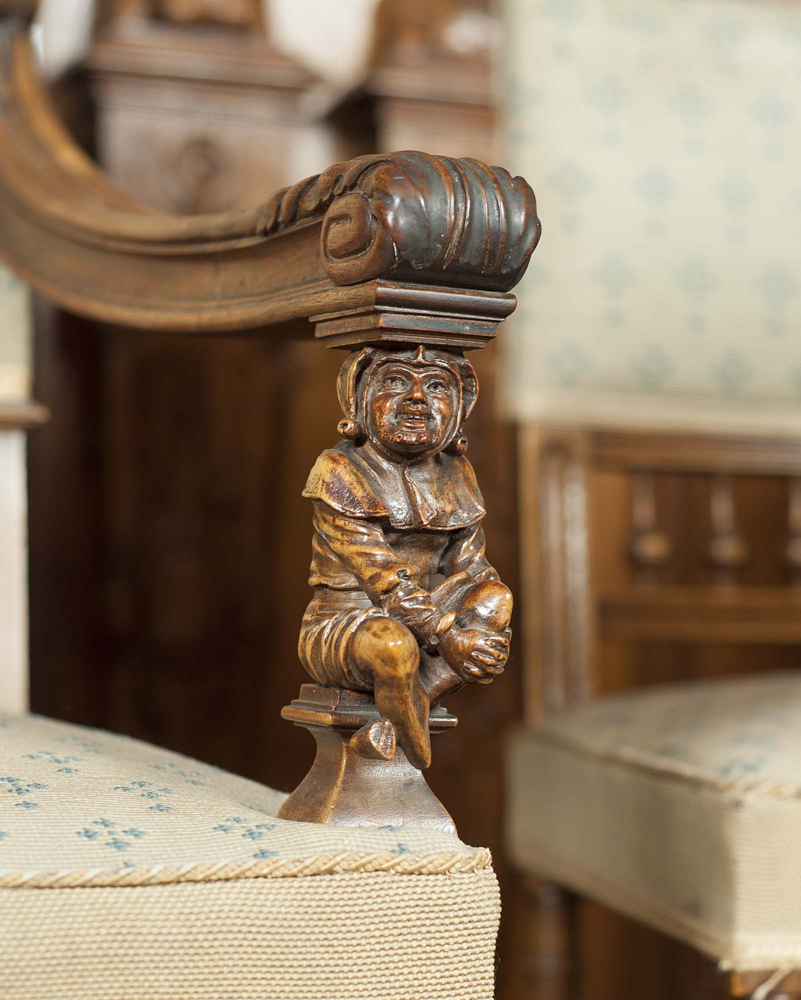 How to Sell Antique Furniture Online Lovely Everything to Look Out for when Ing Antique Furniture