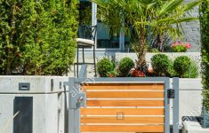 Luxury Home Entrance Gates Fresh Entrance Of New Luxury Family House With Landscaped Front