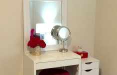 Mirror Ideas For Small Bedroom Lovely Vanity Ideas For Small Bedroom Mirror Bedrooms Makeup