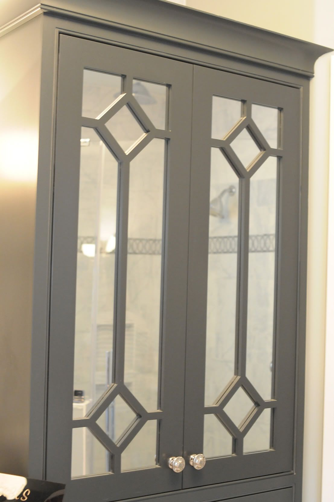 Mirrored Cabinet Doors Elegant 10 Home Decorating Tips From A Home Show Laser Cake