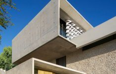 Modern Home Entrance Design Elegant This Concrete House Was Designed With Amazing Views