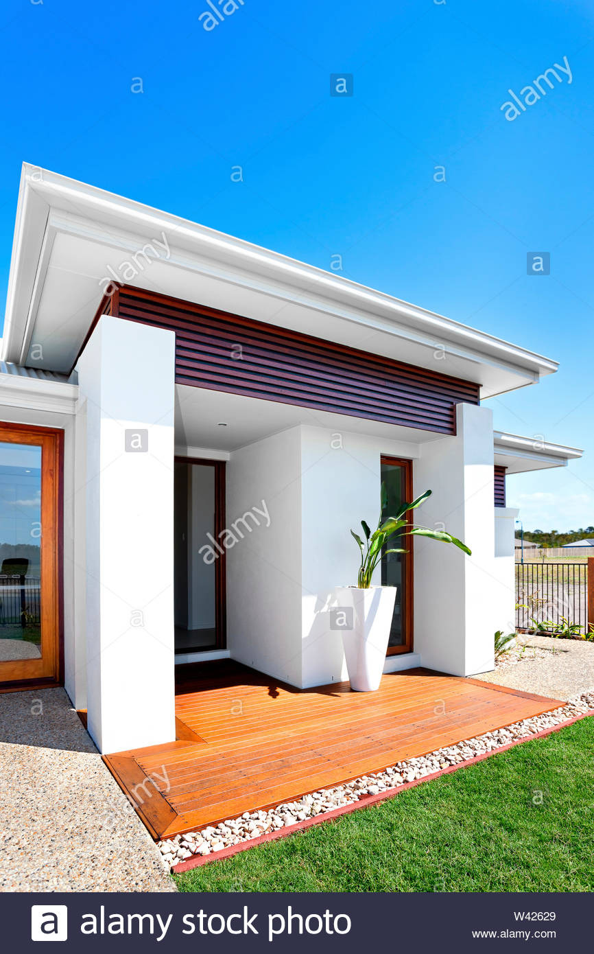 Modern Home Front View Design Best Of Outdoor Of A Modern House with Green Lawn Front View From