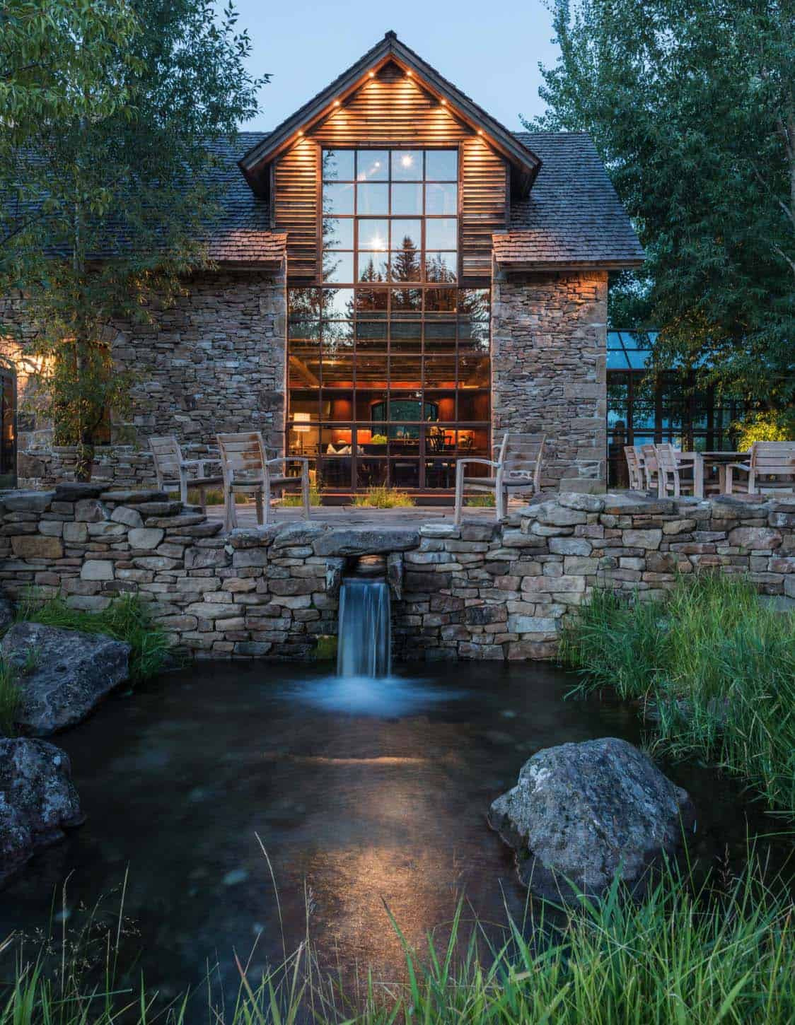 Rustic Stone Timber House JLF Architects 01 1 Kindesign