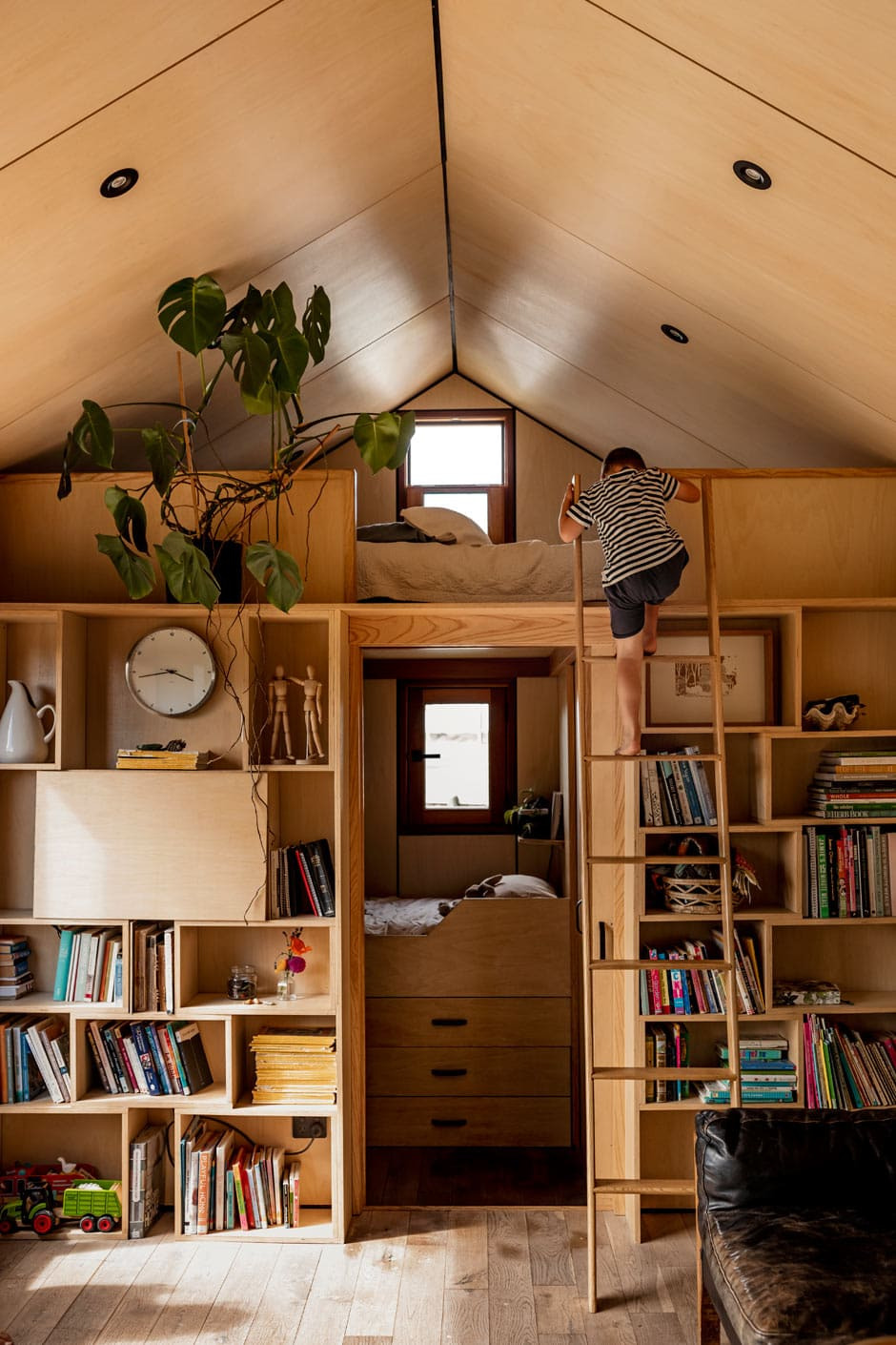 Pretty Houses Inside and Out Fresh Small Space Living by Tiny House Experts Le Workshop
