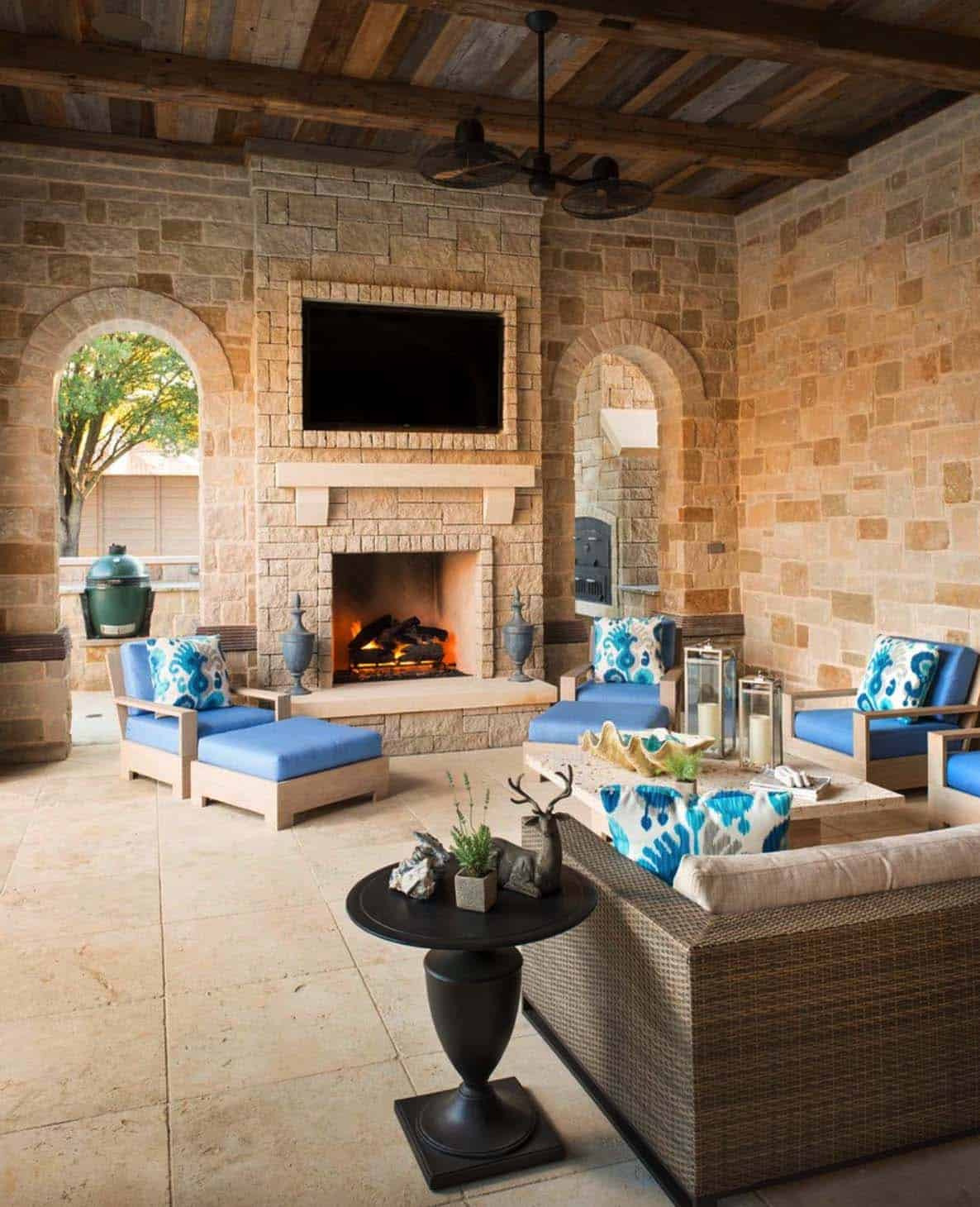 Mediterranean Style Home Simmons Estate Homes 32 1 Kindesign