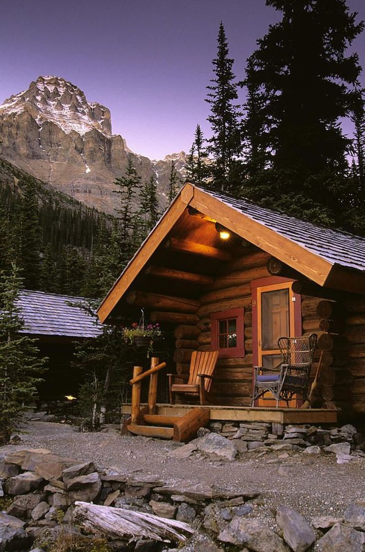 Top 10 Beautiful Homes In the World Elegant top 10 Most astonishing Rustic Houses In the World