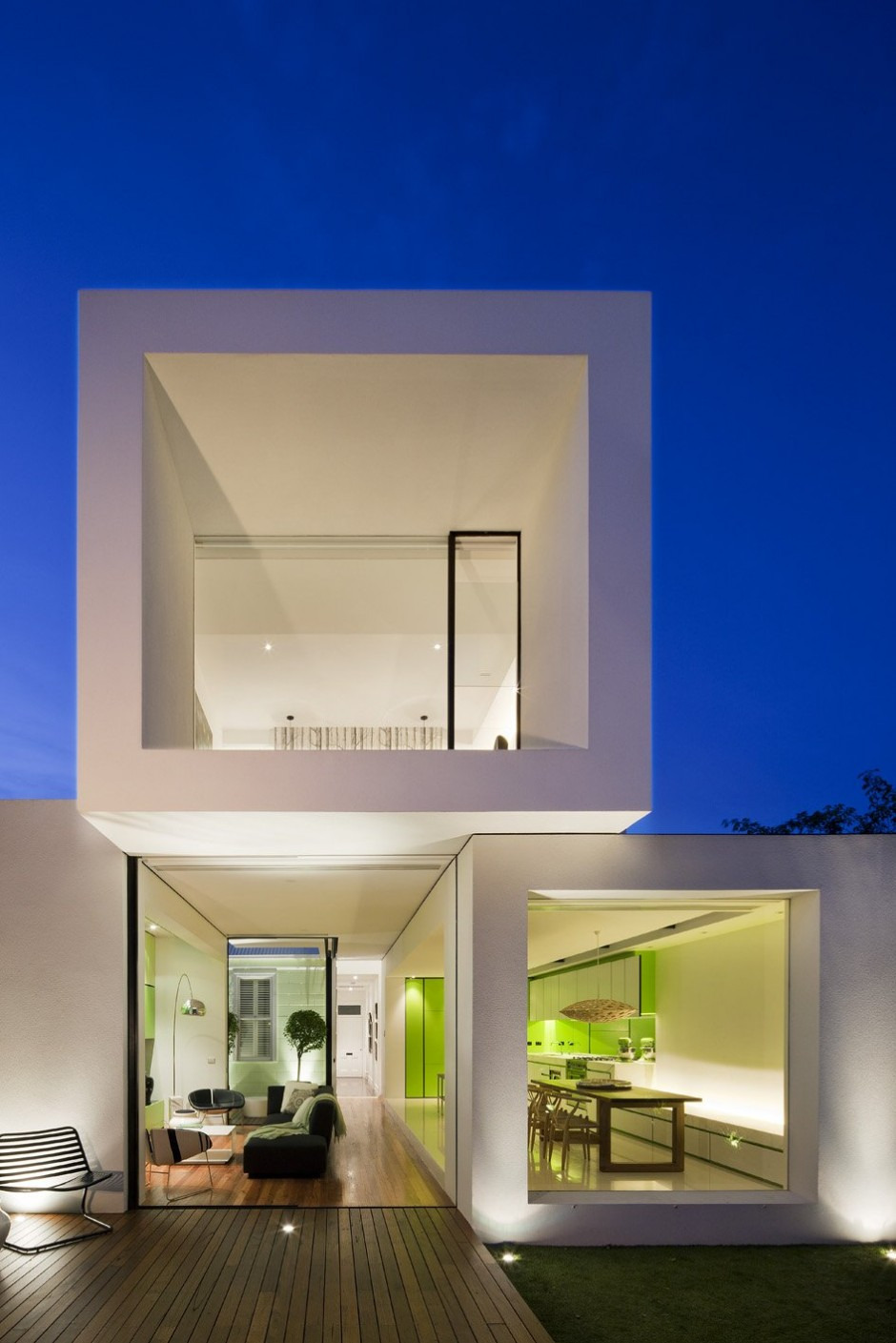 Small Minimalist Home With Creative Design featured on architecture beast 16