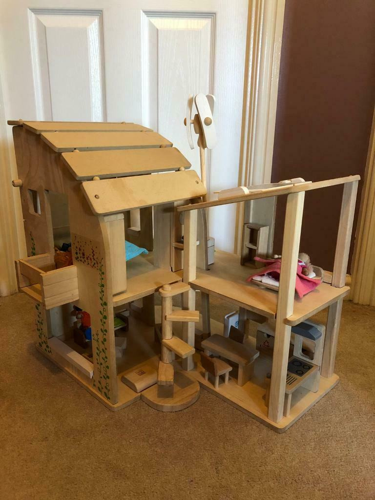 Plan toys Wooden Doll House Awesome Plan toys Green Dollhouse with Furniture In Bathgate West Lothian