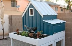 Small Chicken House Plans Lovely Small Chicken Coop With Planter Clean Out Tray And Nesting
